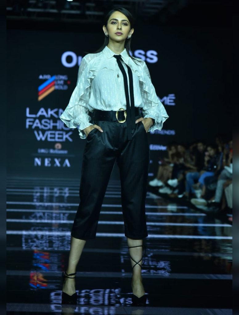 rakul preet singh lakme fashion week 2020