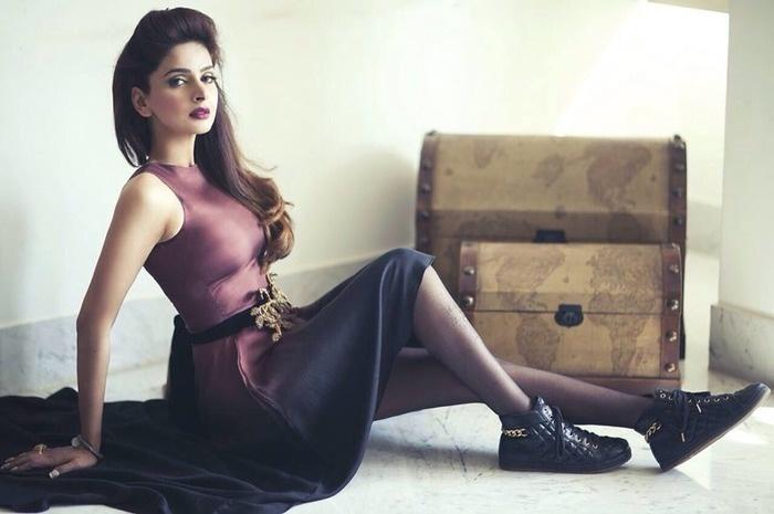 saba qamar sultry images
