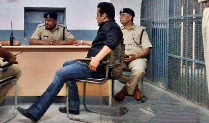 salman khan jail pics