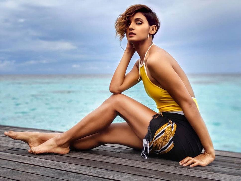dancer shakti mohan actress hot pics
