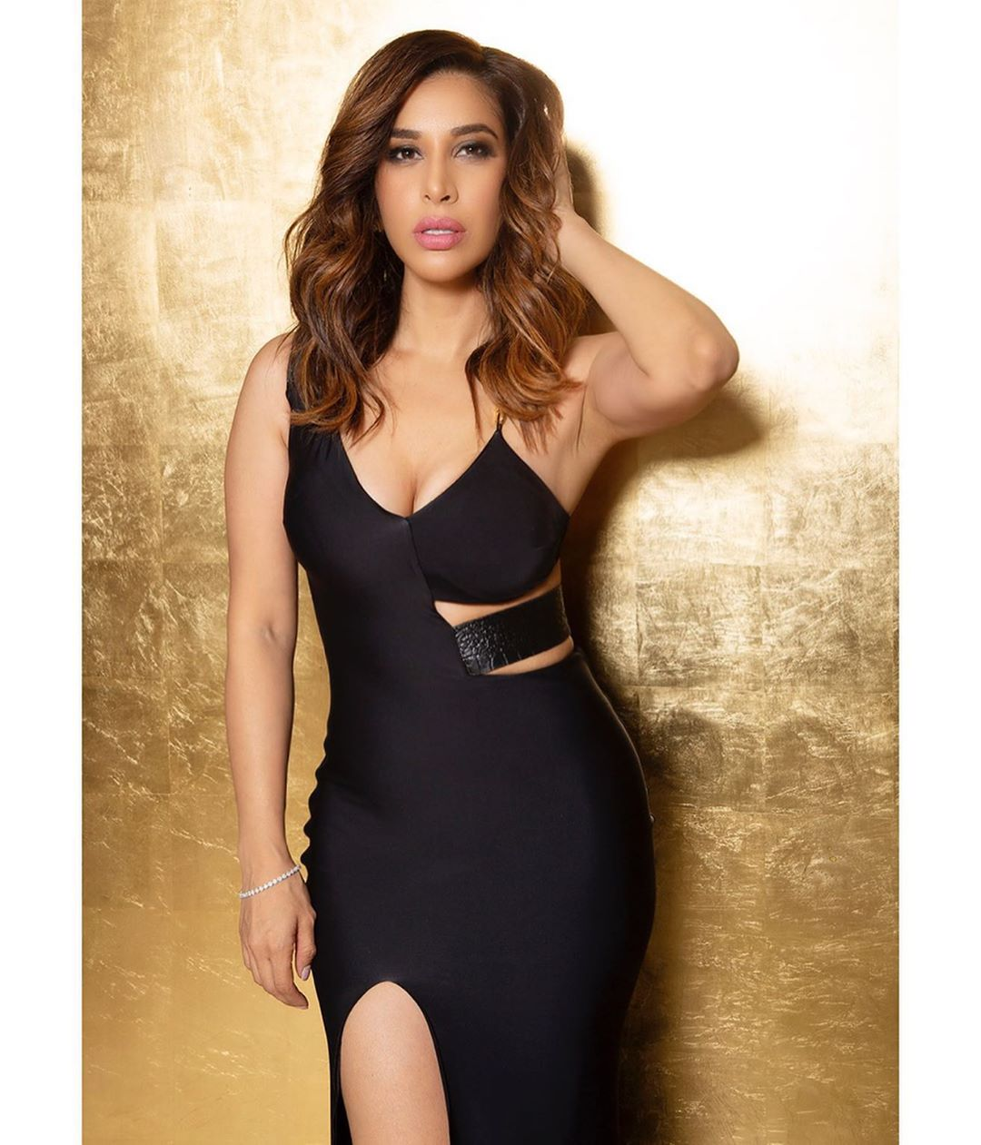 Indian actress and model sophie choudry bollywood actress hot sexy indian model bollywood tadka