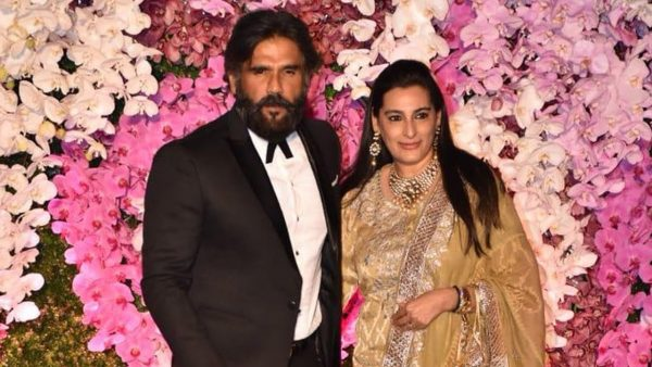 Bollywood Actors And Their Beautiful Wife
