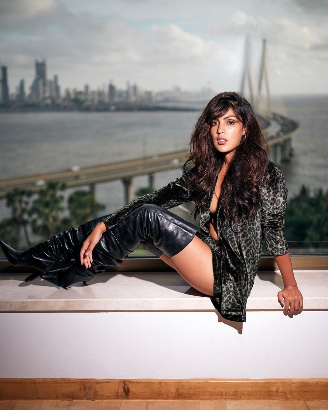 Rhea Chakraborty Instagram Hot Photo