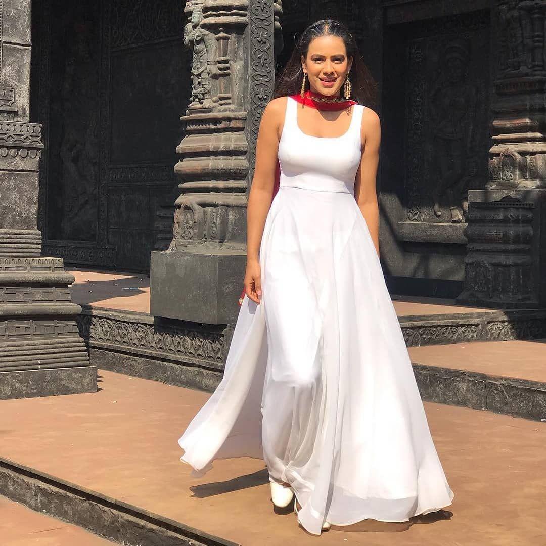 actress nia sharma