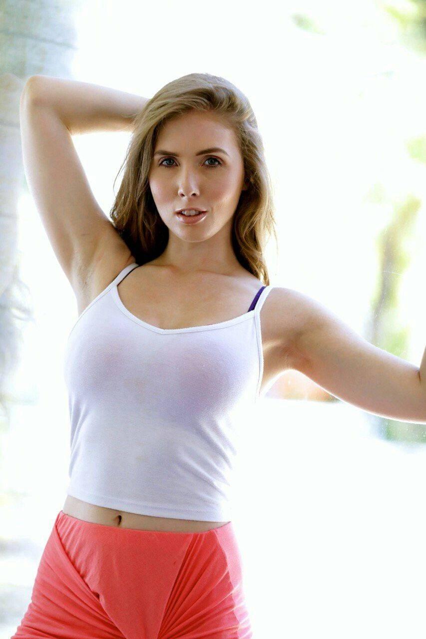 actress lena paul hot photos